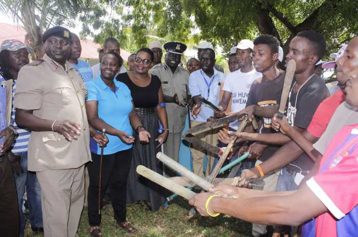 Likoni juvenile gangs surrender to police